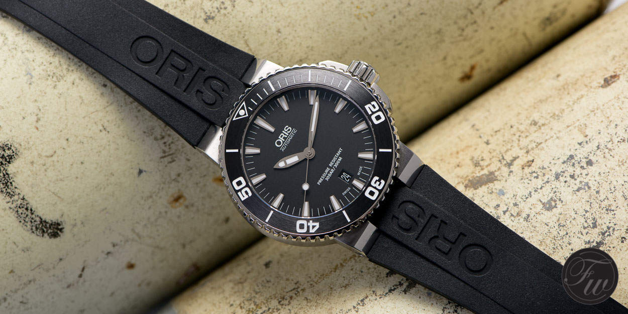 A Hands On Oris Aquis Date Review