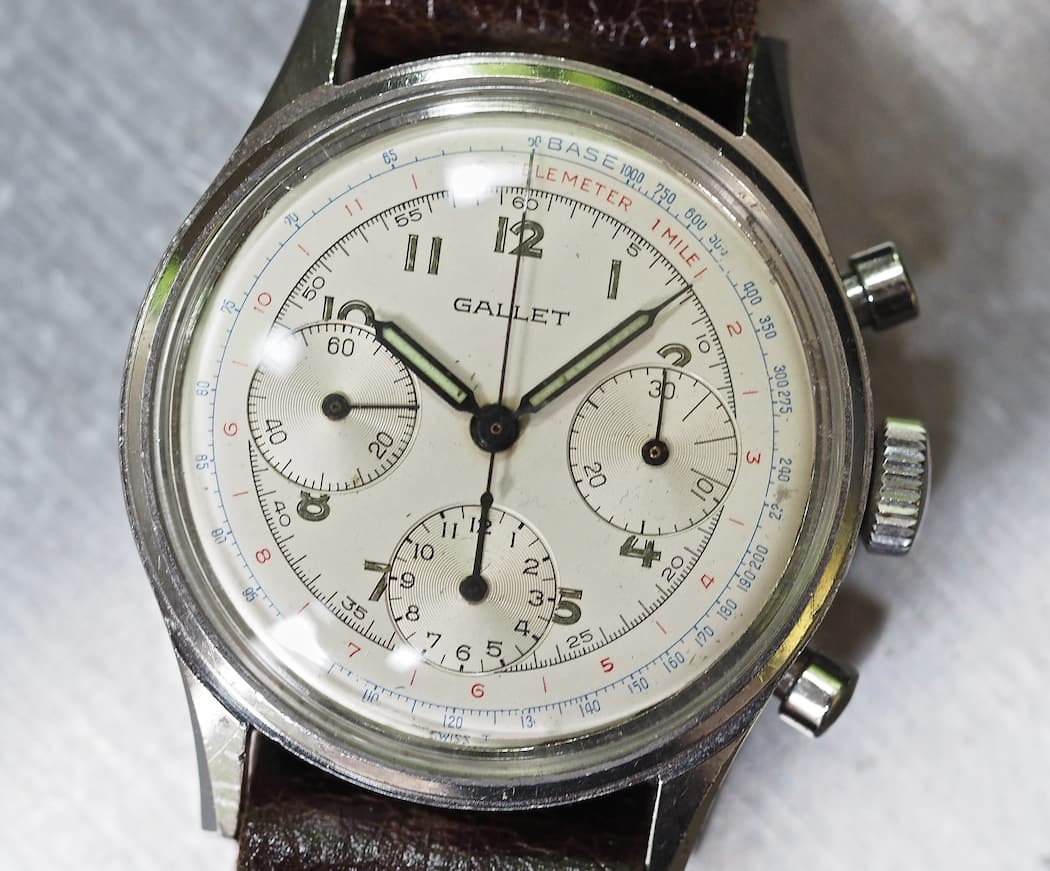 Note the radial sub registers on the Gallet Multichron 12