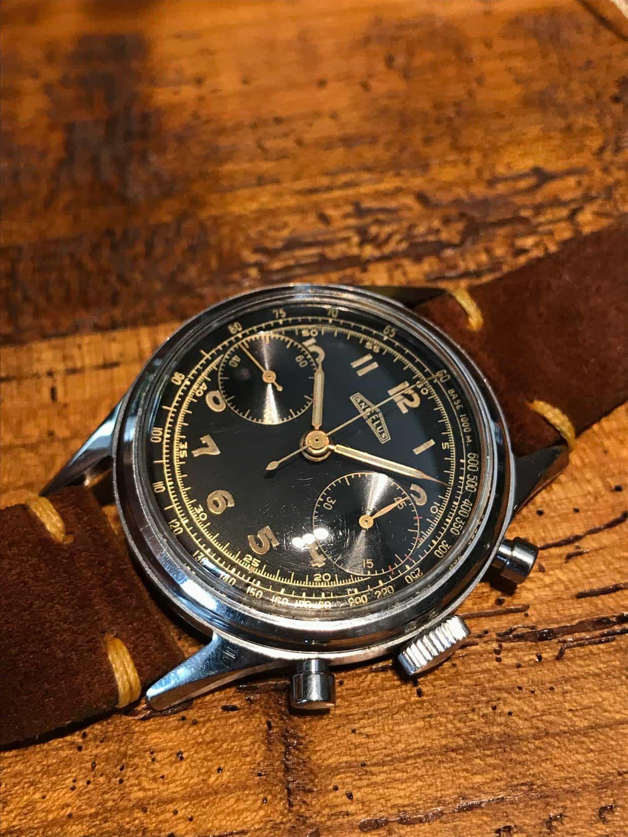 Lot 431 - ANGELUS Chronograph