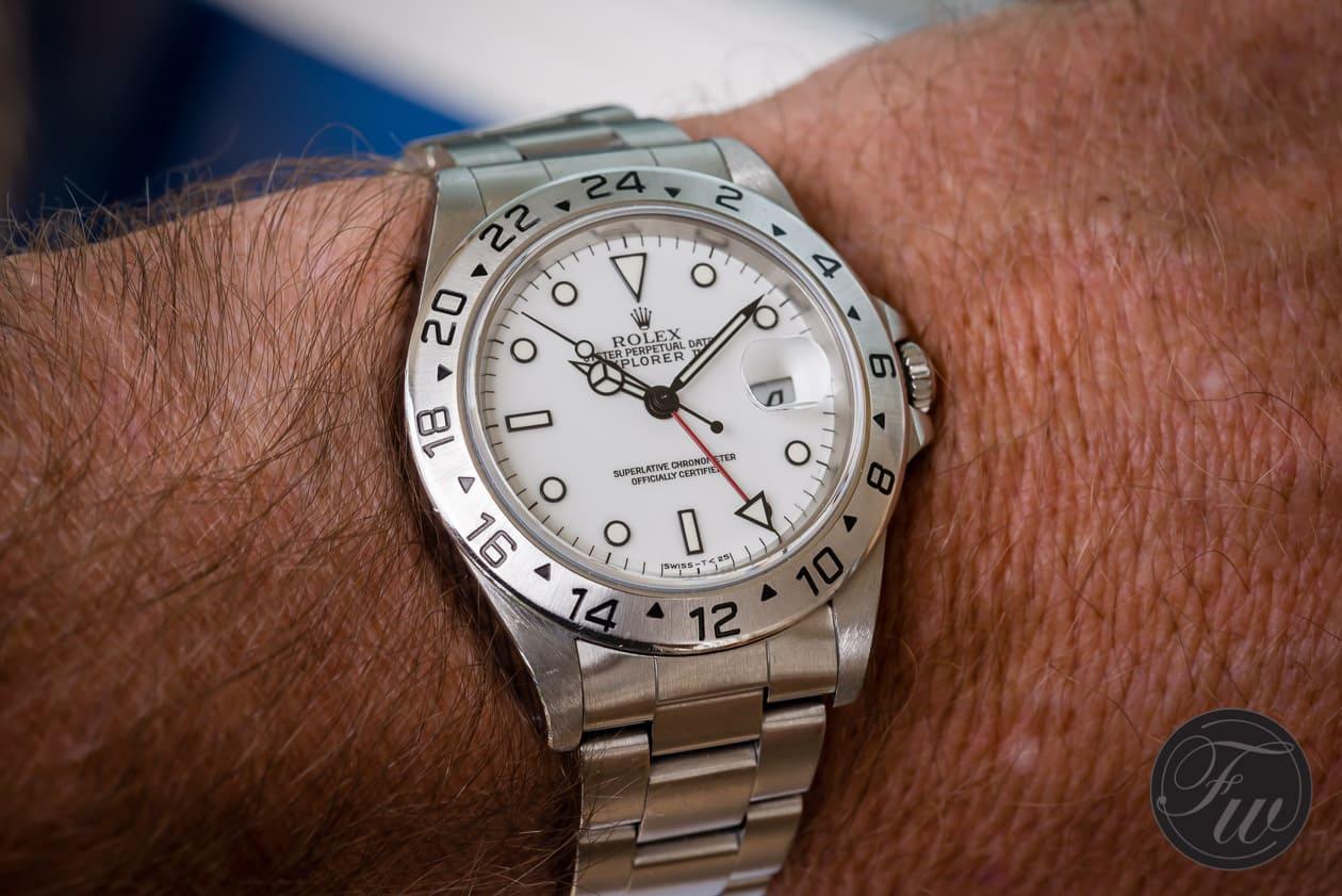 The 1998 rolex explorer ii 16570 with white tritium dial for Rolex explorer