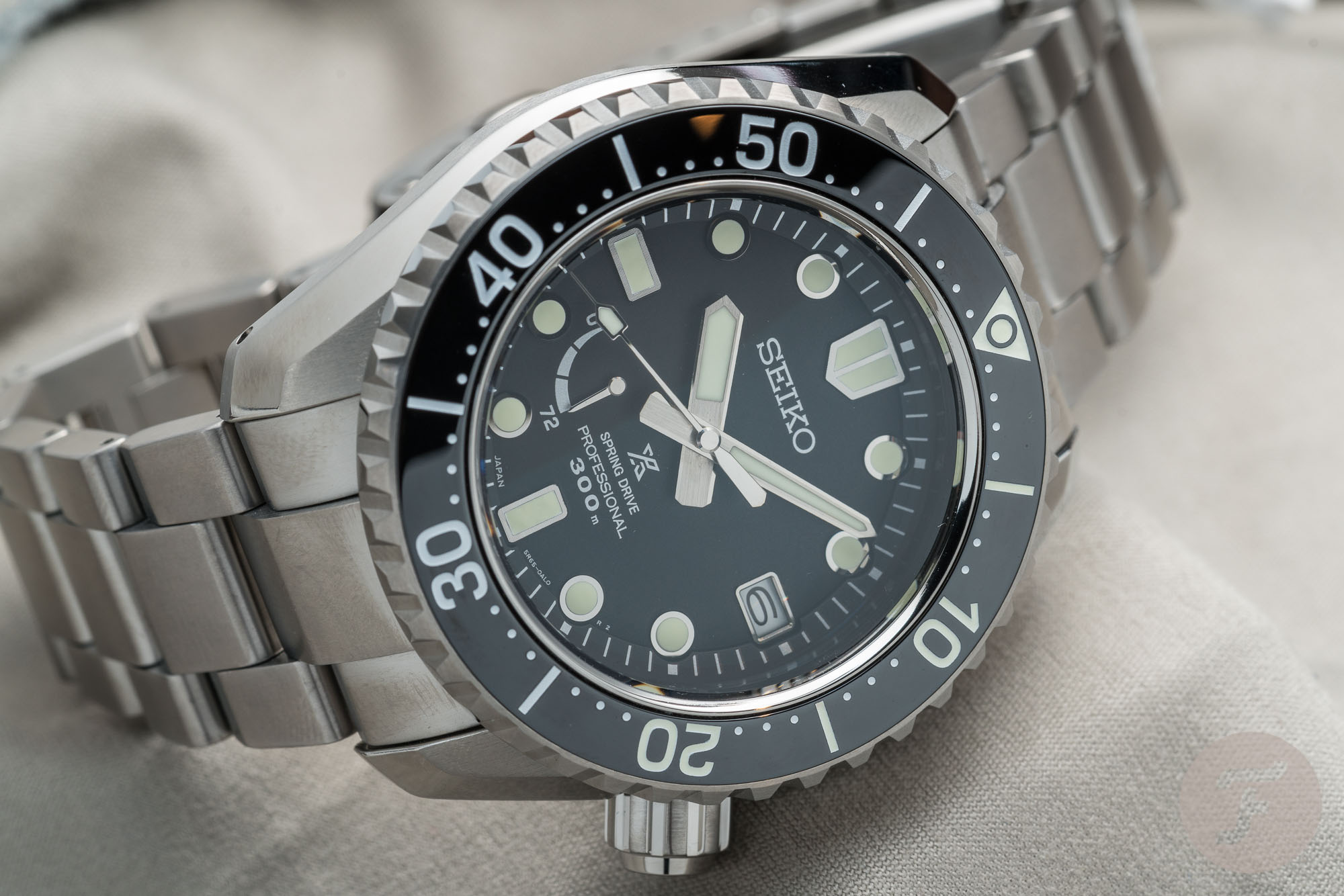 https://www.fratellowatches.com/wp-content/uploads/2019/04/Seiko-Prospex-LX-SNR029J1.004.jpg