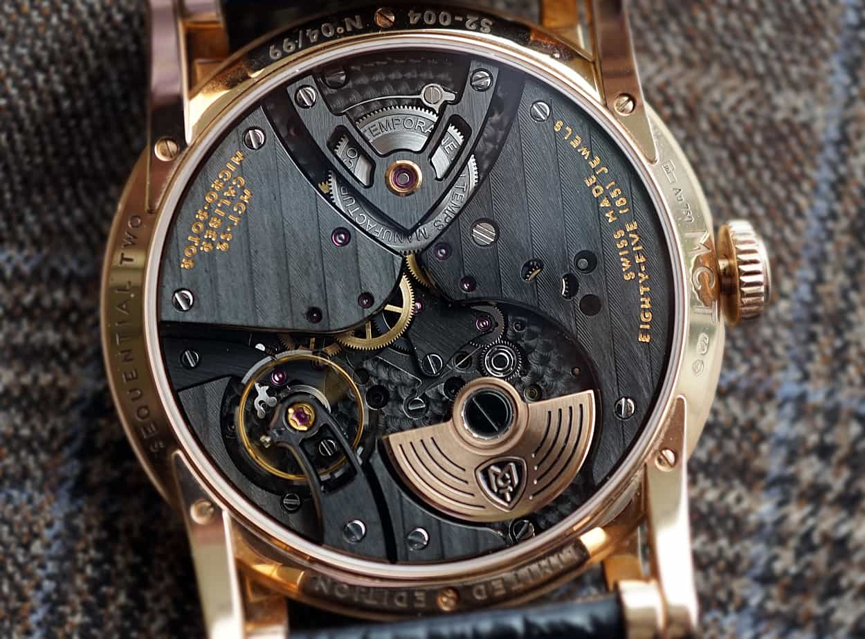 - MCT micro rotor in 18k gold -