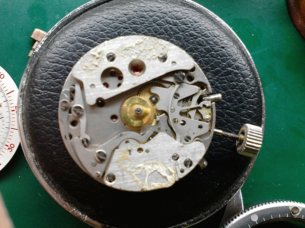 Some congealed gunk inside the Lemania 1873 of the Meylan Chronograph...yuck!