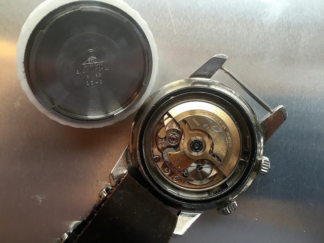 The AR1125 movement (photo credit @watchfred)