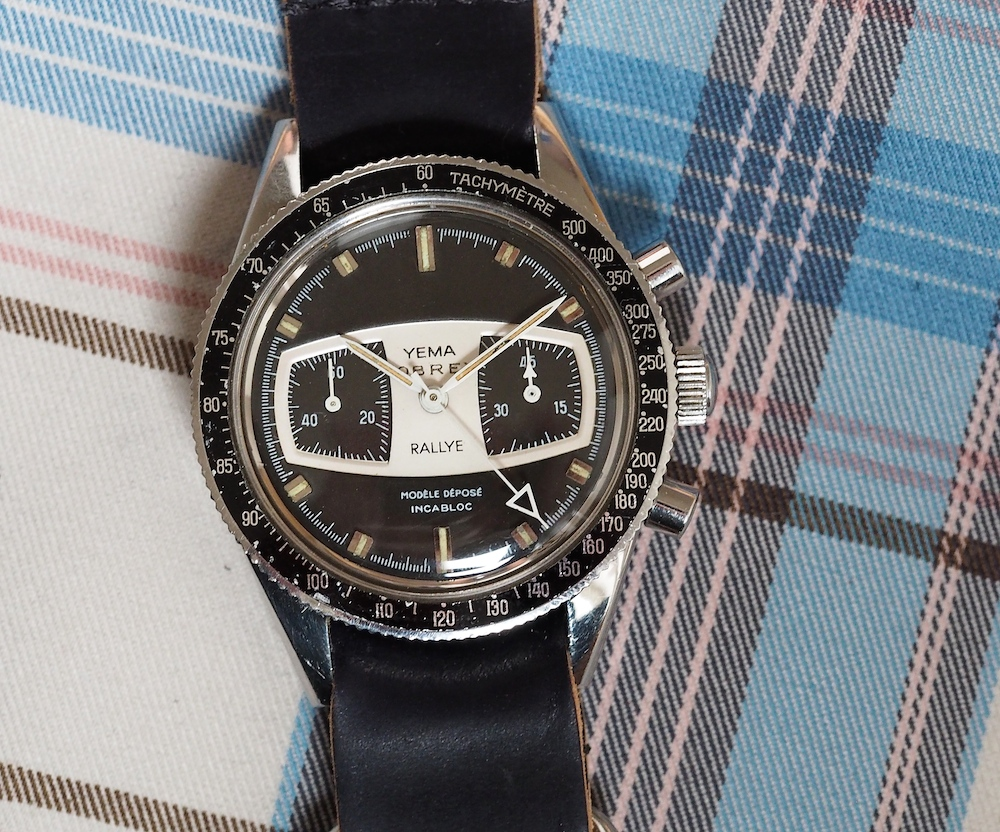 The proportions of the Yema Rallye, with its nearly 39mm of diameter and 19mm lug width are classic and pure late 1960's