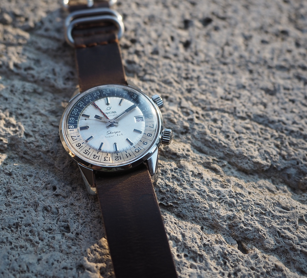 Sculpted lugs on the Enicar Sherpa Super Jet are basically identical to the Enicar, EPSA-cased chronographs of the 1960's.