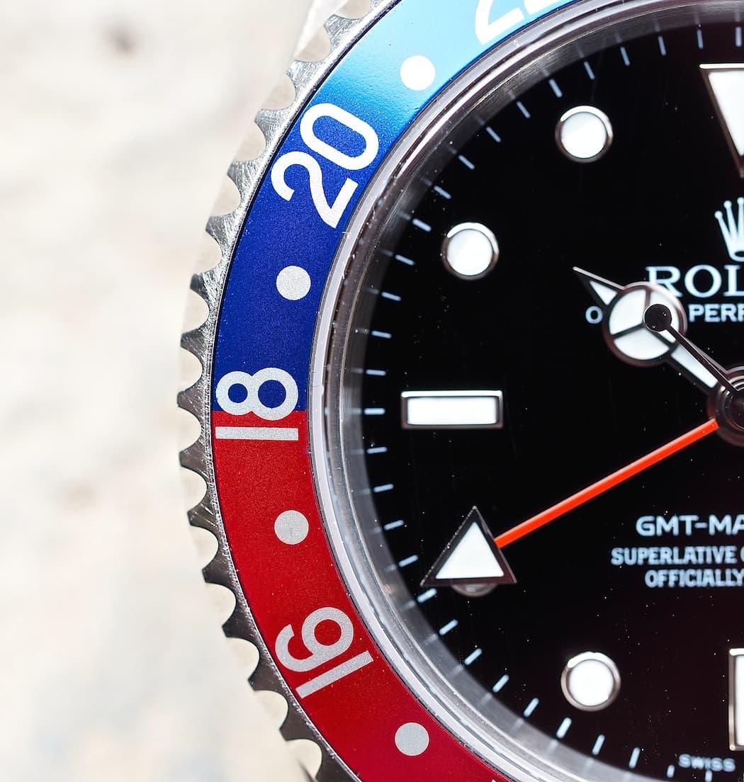 Rolex GMT-Master II 16710 bezel close-up