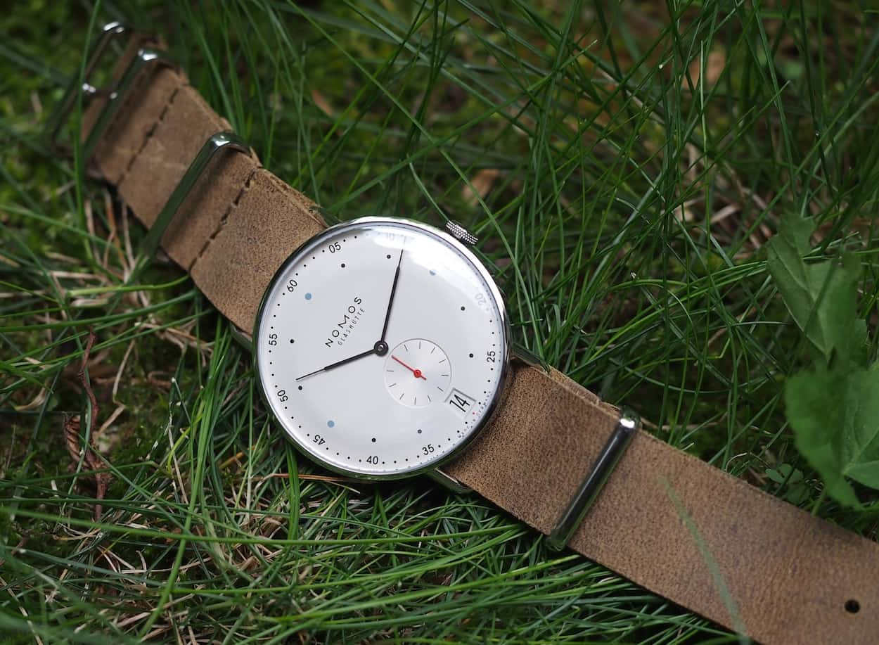 Nomos Metro in the grass