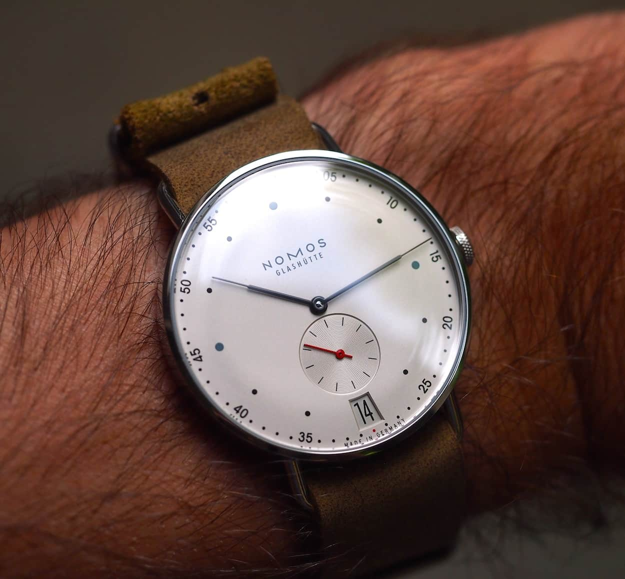 Nomos Metro 38 on the wrist