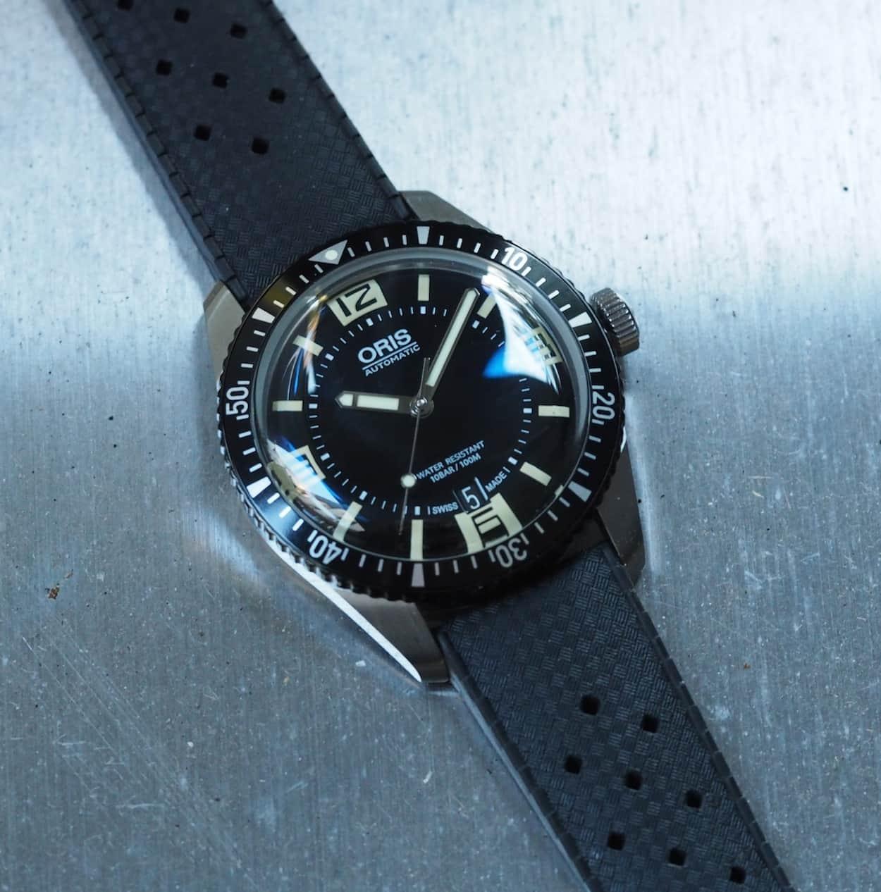 Oris Divers Sixty-Five size
