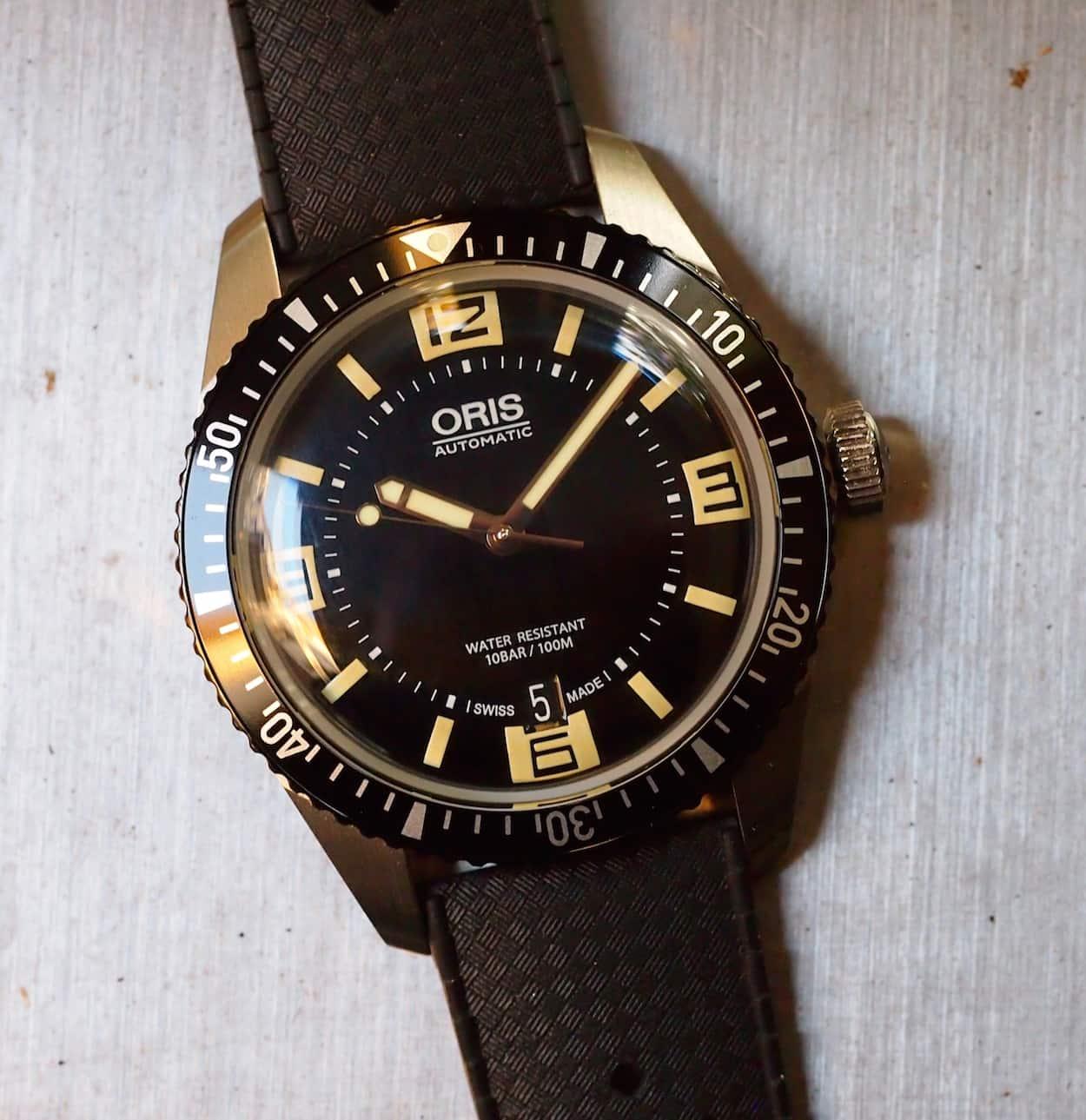 Oris Divers Sixty-Five dial