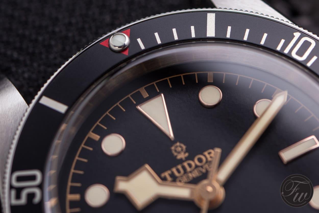 Tudor-Heritage-Blackbay-Black-003